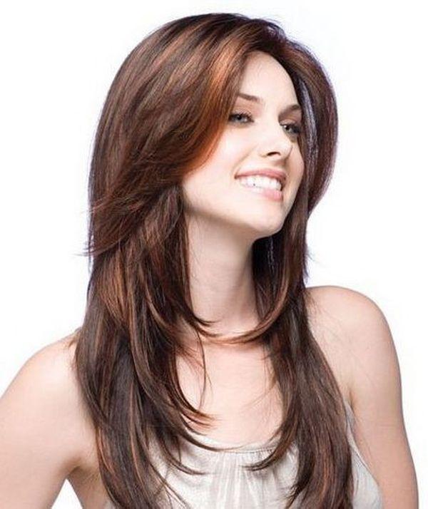 Corte de cabello degrafilado en capas largas con flequillo 1