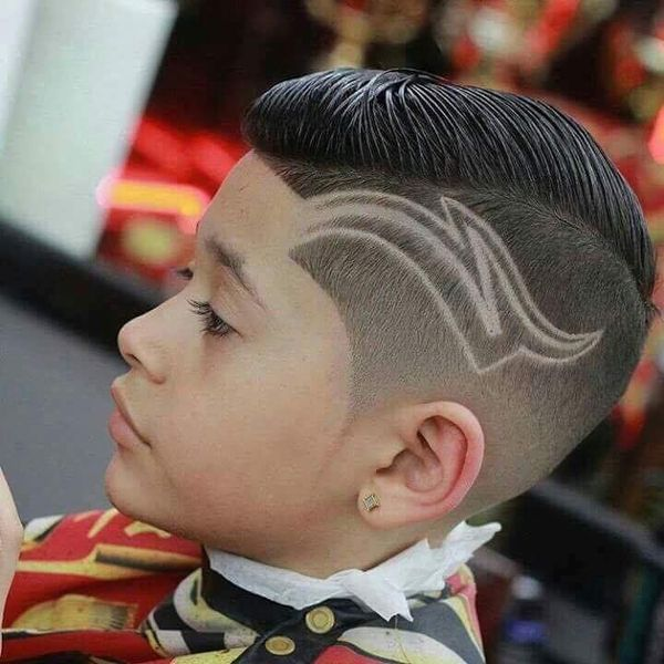 Cortes de cabello modernos con diseo para nios 2