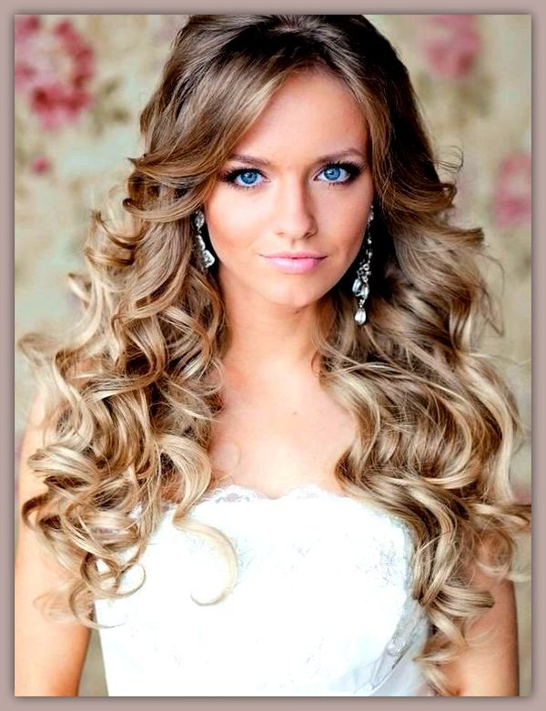 Peinados de fiesta de noche para cabello largo 1