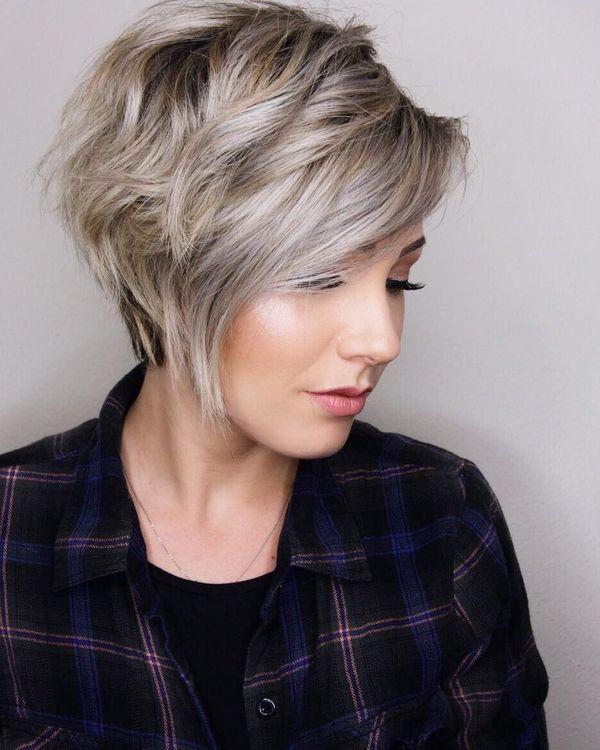 Peinados bonitos para cabello corto en capas 2