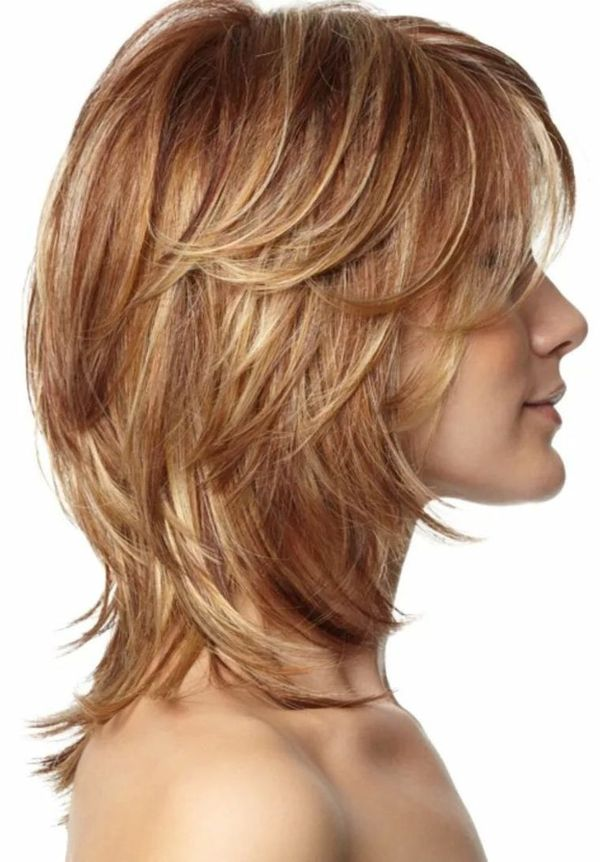 Peinados bonitos para cabello corto en capas 5