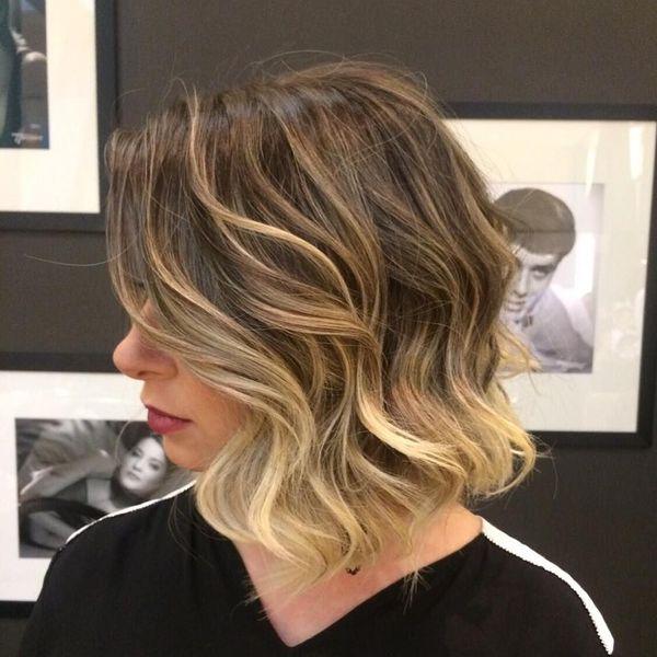 Corte estilo bob para el pelo ondulado 5