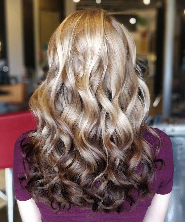 Ideas de cabello estilo mechas californianas rubias 3