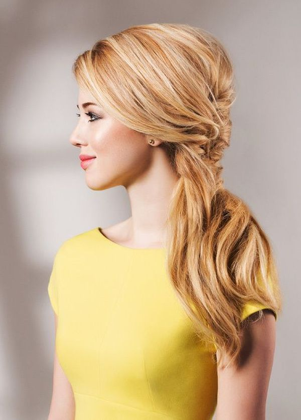 Frisuren mit seitlich geflochtenen Haaren 1