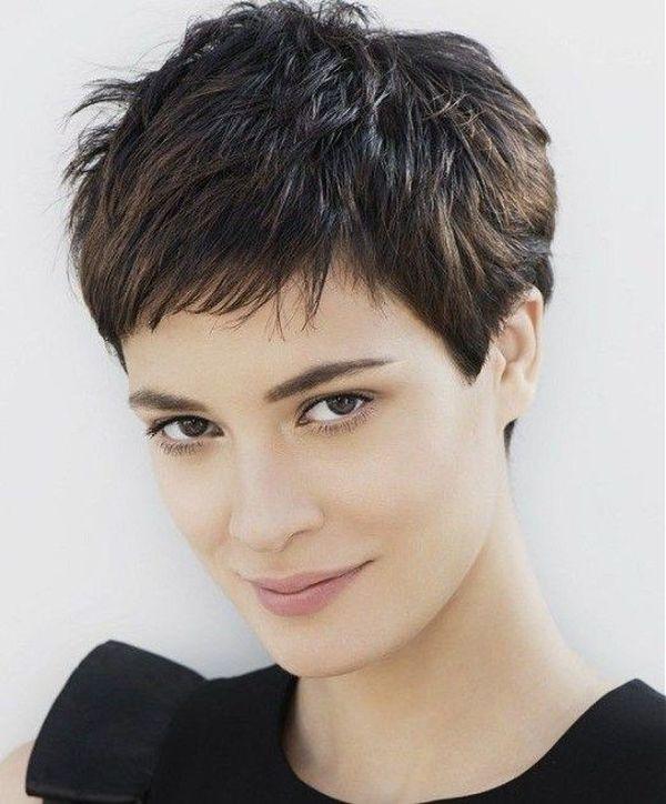 Haarschnitt fr feines Haar und ein rundes Gesicht 4