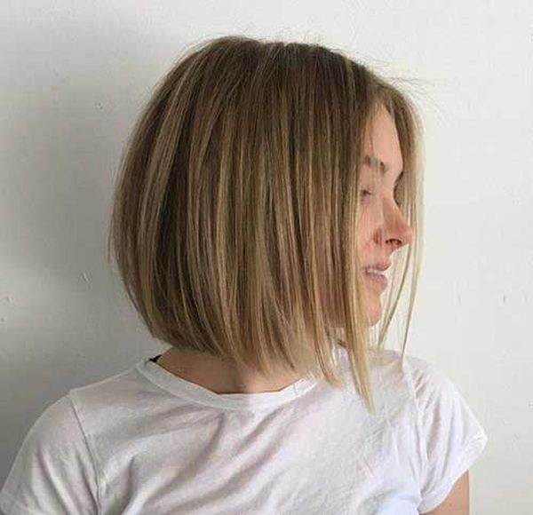 Kurze Haare mit braunblonden Strhnen 1