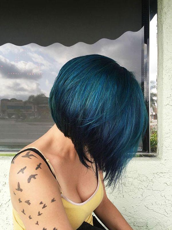 Moderne Trends der dunkelblauen Haare 1