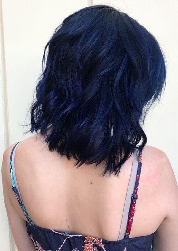Moderne Trends der dunkelblauen Haare 8