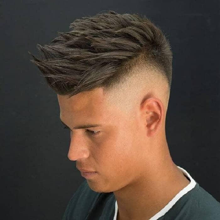 Seiten auf Null mit Übergang Haare
