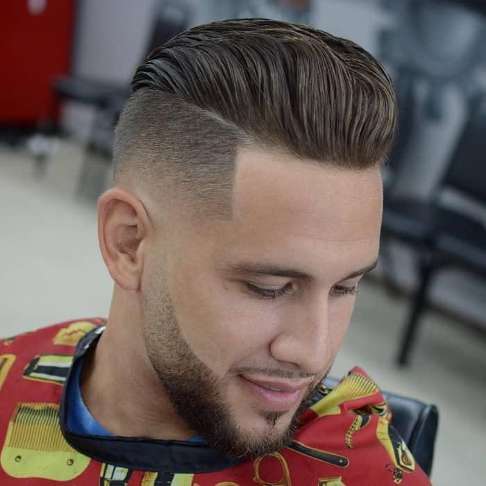 Seiten kurz oben lang mit Übergang und Bart