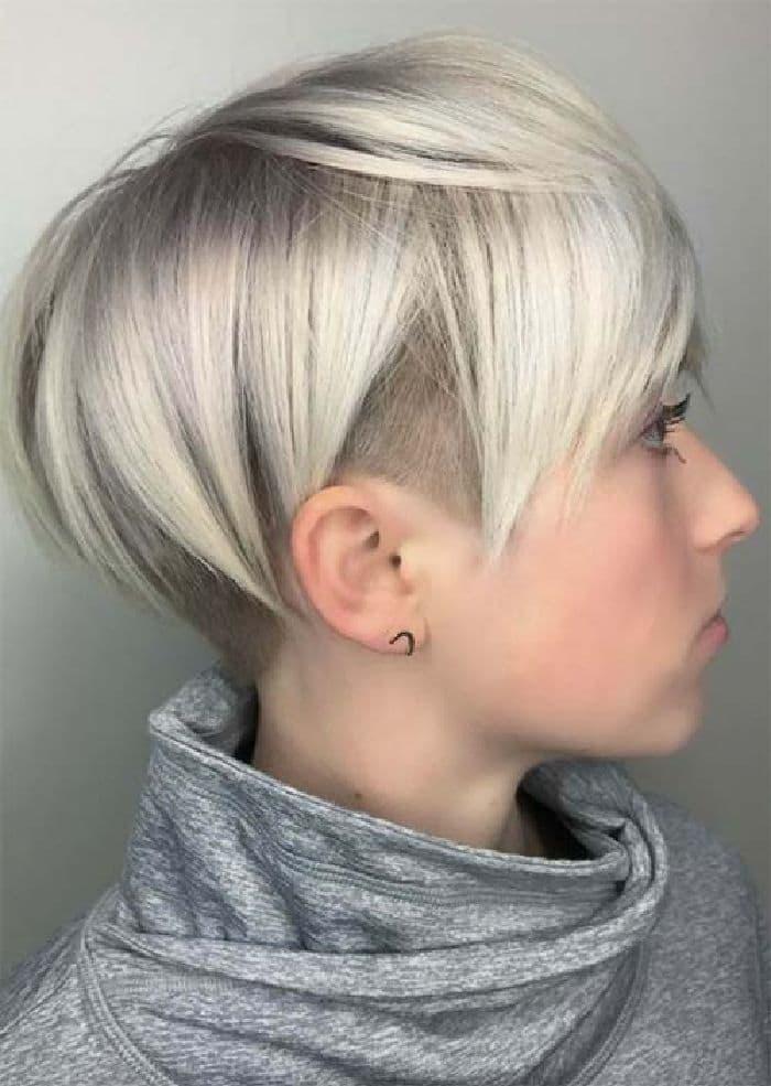 Sehr kurzer Haarschnitt mit Undercut